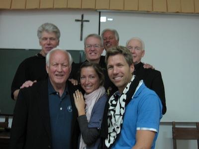 Kiropraktor Bjargo og hans kone med instruktørene.